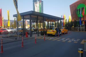 Meydan Avm Taksi Duraðý / ÝSTANBUL